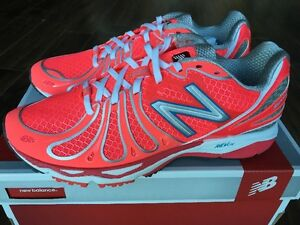 New Balance Women's Running Shoe Blush Pink Size 7.5 W890CBC3