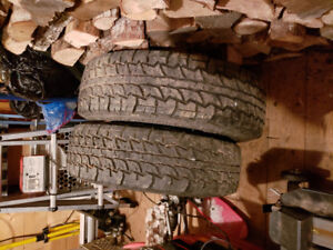 Set of 4 all season tires size  245/75R17.