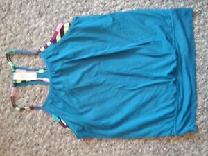 Ivivva excercise tank, layered effect, great shape. Size 10