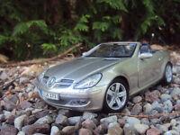 Mercedes Benz SLK échelle 1/18 Maisto
