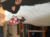 Wedding dress size 12/16 corset back built in bra
