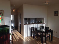 Beautiful Penthouse condo Scarborough 2 bed 2 bath