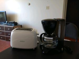 Sunbeam Toaster & Hercules 10 cup Coffee Maker