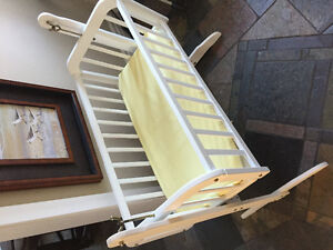 Baby crib/bassinet