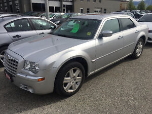 2006 Chrysler 300-Series C AWD w/ ONLY 126k Kms!