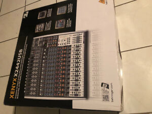 Behringer 24 input mixing board