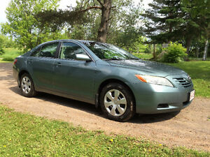 2009 Toyota Camry LE - Leather