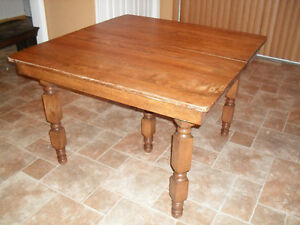 Antique Maple harvest dining table with leaves Cornwall Ontario image 3