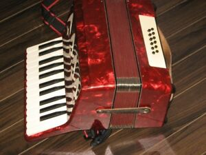 Accordion (reduced)