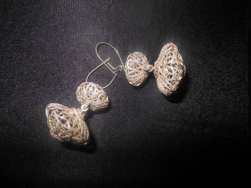Vintage Hand Crafted Silver Filigree Drop Earrings