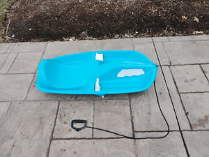H2O Blue Childs Snow Sled in Great Shape. No cracks or damage