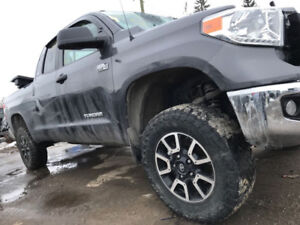 2014 TOYOTA TUNDRA for parts