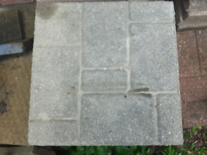 16 x 16 gray paver brick pattern
