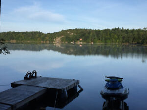 Waterfront Cottage on Whitefish Lake (Rideau System)