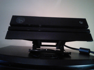 Xbox One Kinnect with TV Clip