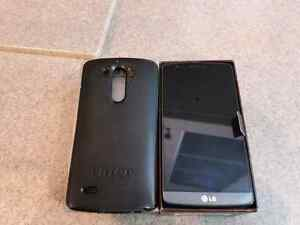 LG G3 UNLOCKED with Otterbox and glass screen protector Peterborough Peterborough Area image 1