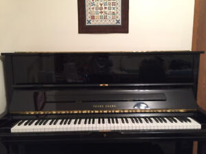 Piano in mint condition