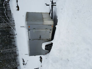 2016 5x10 enclosed trailer