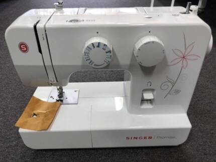 Janome Embroidery Machine Memory Craft E300 Sewing Machines