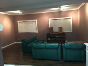 $1300 / 2br - 1000ft2 - 2br - 2 Bed/1bath Ground Level Spacious