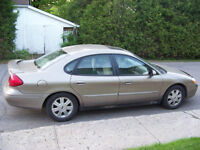 2003 Ford Taurus Berline seulement 108 000kms