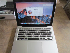 Macbook pro **AVAILABLE**