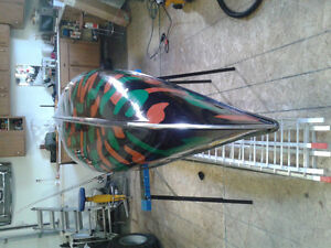 14 foot Fiberglass hunter canoe $400.00