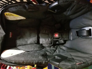 BRITAX BE SAFE 35 CARSEAT FOR SALE