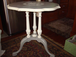 Shabby Chic Antique Accent Table
