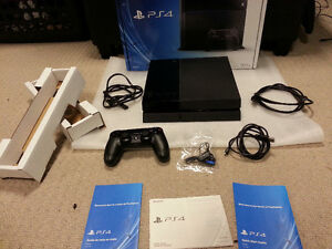 ADULT OWNED 10/10 MINT & COMPLETE IN THE BOX PS4 BUNDLE + GAMES