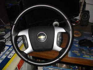 volant en cuire chevrolet equinox 2007 et +(ET AUTRE GM )