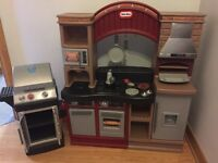 Little tikes kitchen SALE $50.00 Reg. Price $119.99