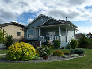 RENT/ RENT TO OWN/ SELL- HOUSE IN LACOMBE - WILLOW RIDGE AREA