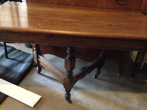 small antique dinning table with 4 chairs London Ontario image 1
