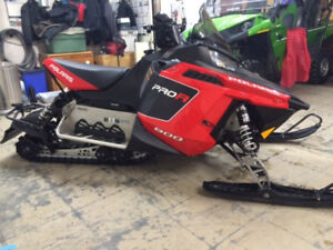 2011 Polaris Pro R 800 minty condition .... ONLY 1997 miles