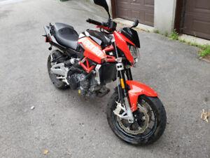 Shiver Aprilia 2012 750 Excellent état : 7600 KM