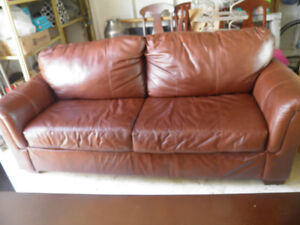 real leather couch in exc cond