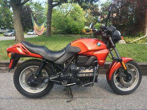 For sale: 1992 BMW K75 Motorcyle Low-Seat Model