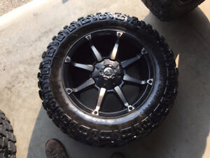 Fuel Rim and Tire Package