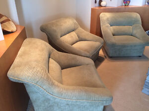 3 Comfortable Living Room Chairs