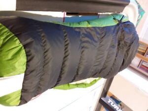 Kids sleeping bag  in like new condition