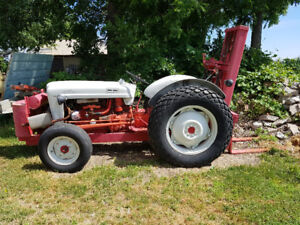 Tractor Forklift Ford 600 Series.