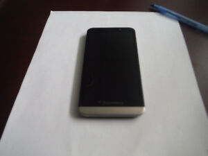 Unlocked Blackberry z30 great condition 4 trade
