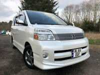 FRESH IMPORT 2006 TOYOTA NOAH VOXY TOP OF THE RANGE 2.0 PETROL AUTO GRADE 4