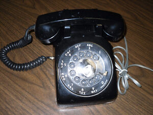 CANADIAN made working Dial up Telephone