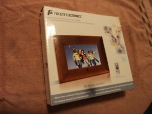 Fidelty Electronics Digital Picture Frame (New)