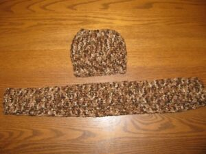 """CHILDS  'MESSY BUN""""  HAT WITH SCARF"""