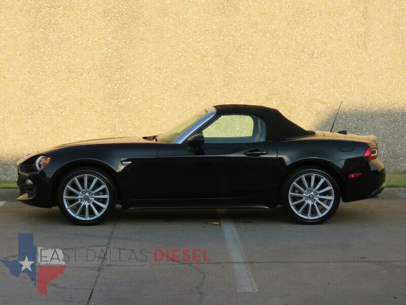 Image 6 Voiture American used Fiat 124 Spider 2017
