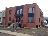 Condo 4 1/2 et 5 1/2 neuf Laval, rive nord