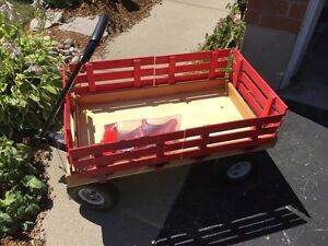 Heavy-Duty Wagon with Sled Runners